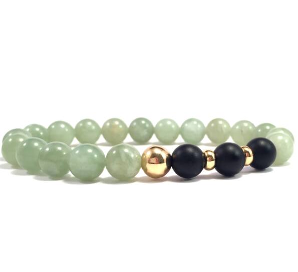 Jade and matte onyx gold pearl bracelet