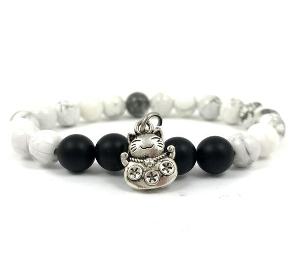 Howlite and matte onyx with maneki-neko cat bracelet