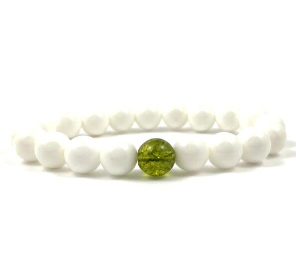 Nacre and olivin jade fleck pearl bracelet