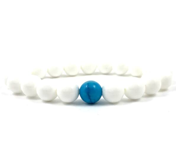 Nacre and turquoise fleck pearl bracelet