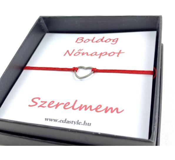 Nőnapi ezüst szíves piros zsineg karkötő  ( Szerelmem )
