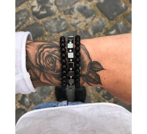 Hematite cube and onyx bracelet