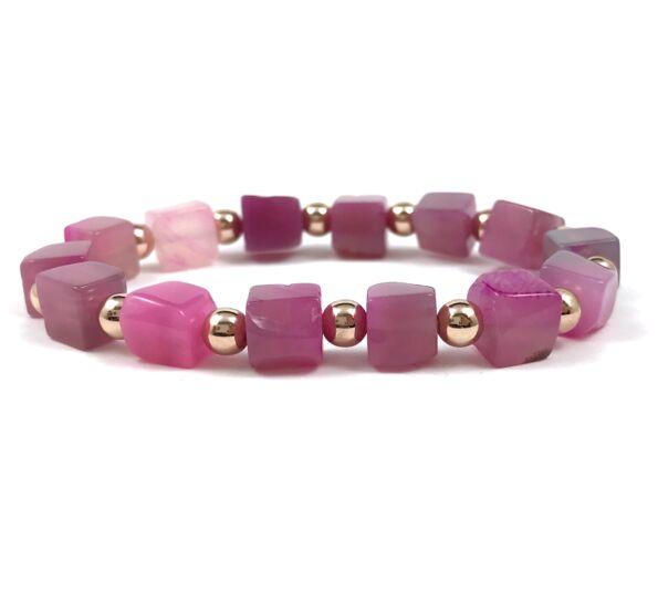 Rózsaszín achát kocka rozé gyöngy karkötő