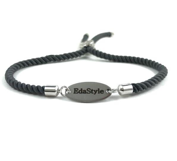 Engraved balck bracelet