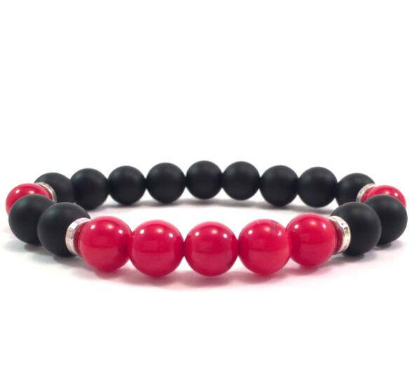 Matte onyx and coral pearl bracelet